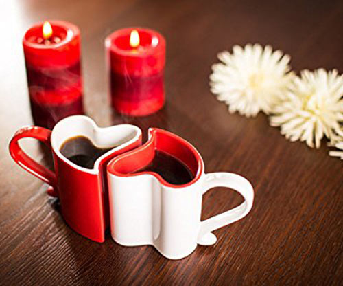 herzförmige Liebestassen / Kaffee / Valentine